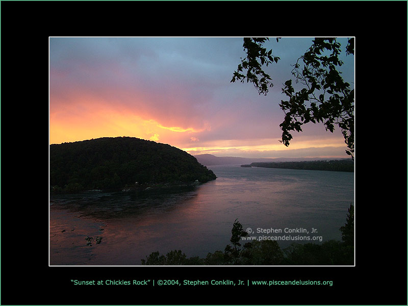 Sunset at Chickies Rock, by Stephen Conklin, Jr. - www.pisceandelusions.org